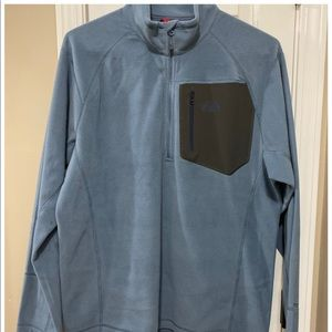 Men's size large, The North Face, pull over